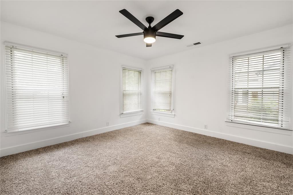 1507 Newport  Avenue, Dallas, Texas 75224 - acquisto real estate best style realtor kim miller best real estate reviews dfw