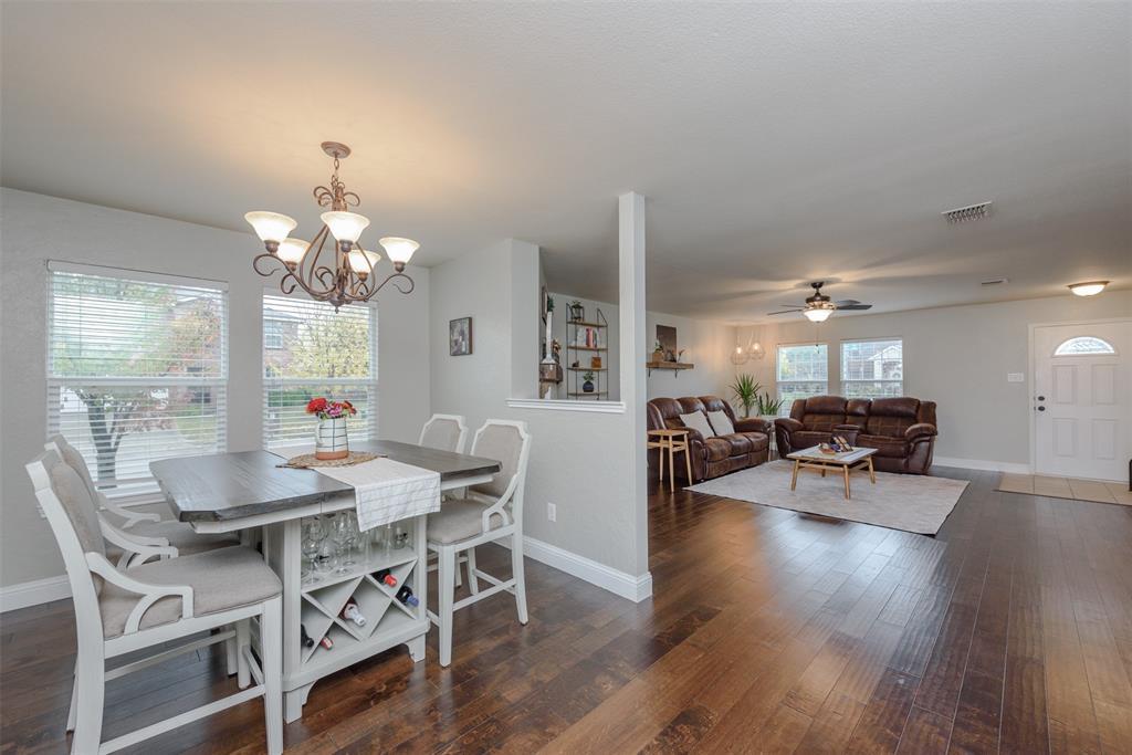 2921 Desert  Drive, Denton, Texas 76210 - acquisto real estate best new home sales realtor linda miller executor real estate
