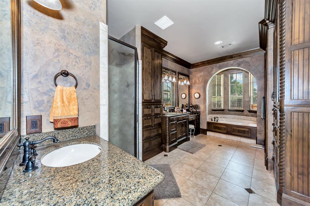 1056 Bluff Creek  Drive, Possum Kingdom Lake, Texas 76475 - acquisto real estate best style realtor kim miller best real estate reviews dfw