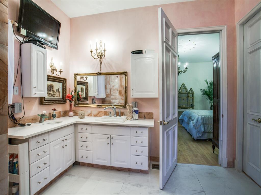 2309 Auburn  Avenue, Dallas, Texas 75214 - acquisto real estate best realtor dallas texas linda miller agent for cultural buyers