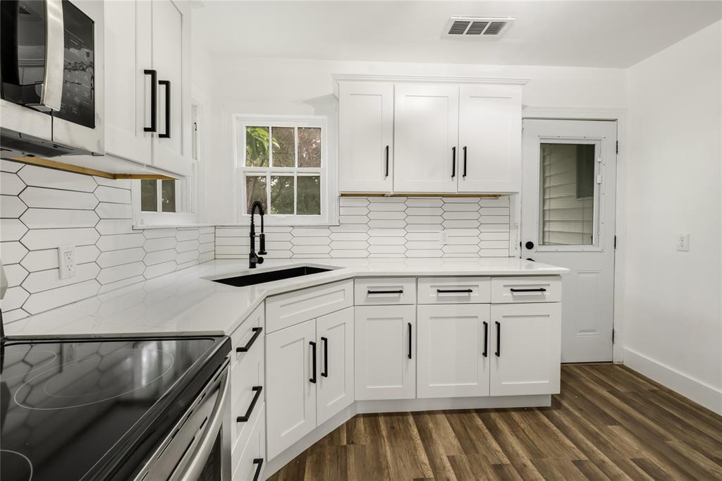 1507 Newport  Avenue, Dallas, Texas 75224 - acquisto real estate best allen realtor kim miller hunters creek expert