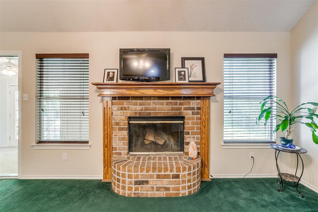 831 Irene  Street, Burleson, Texas 76028 - acquisto real estate best listing listing agent in texas shana acquisto rich person realtor