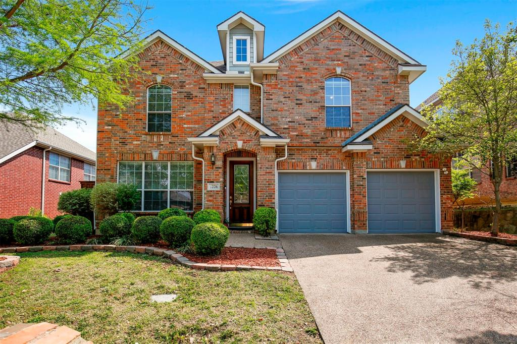 1226 Nocona  Drive, Irving, Texas 75063 - Acquisto Real Estate best plano realtor mike Shepherd home owners association expert