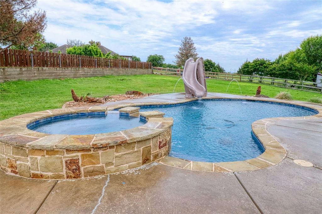 1320 Polo  Run, Midlothian, Texas 76065 - acquisto real estate best prosper realtor susan cancemi windfarms realtor