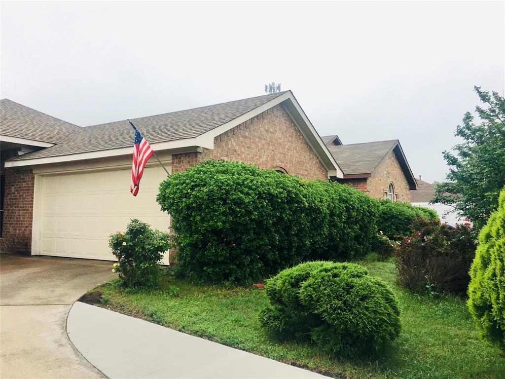 1216 Rio Vista  Drive, DeSoto, Texas 75115 - acquisto real estate best prosper realtor susan cancemi windfarms realtor