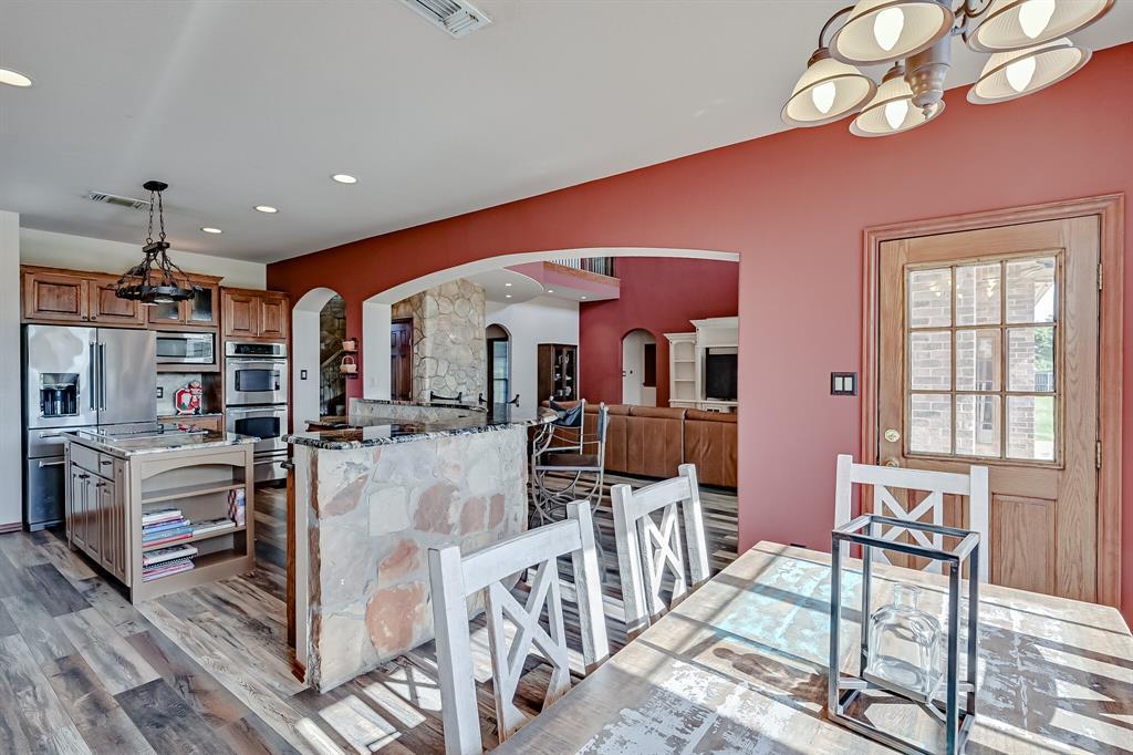 7431 Drury Cross  Road, Burleson, Texas 76028 - acquisto real estate best plano real estate agent mike shepherd