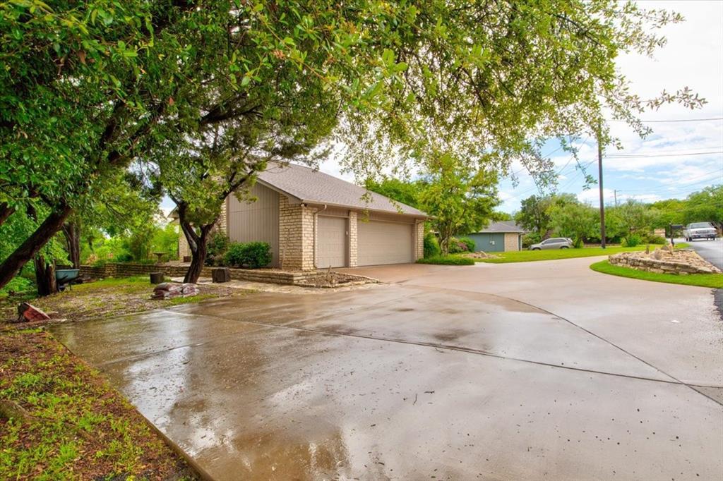 4315 Fairway  Drive, Granbury, Texas 76049 - acquisto real estate best allen realtor kim miller hunters creek expert