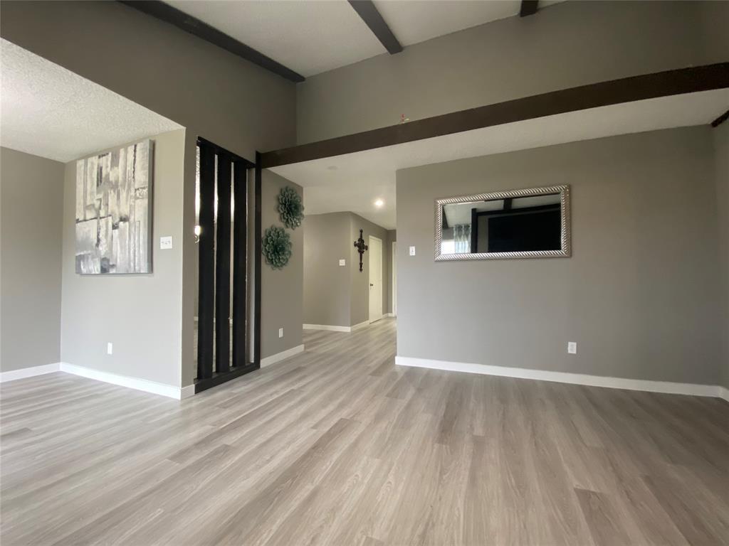 616 Via Sevilla  Mesquite, Texas 75150 - acquisto real estate best realtor foreclosure real estate mike shepeherd walnut grove realtor