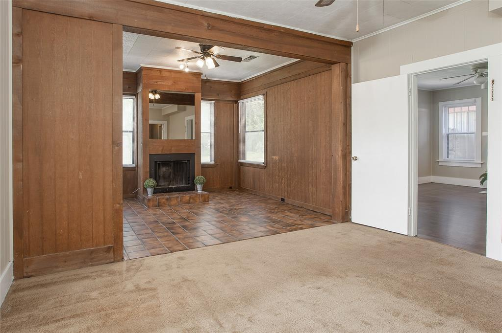 1012 Orange  Street, Fort Worth, Texas 76110 - acquisto real estate best frisco real estate agent amy gasperini panther creek realtor
