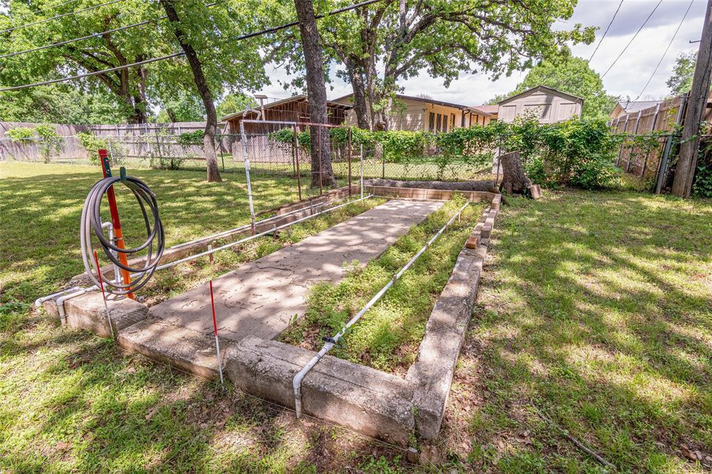 22 Shadowbrook  Lane, Hurst, Texas 76053 - acquisto real estate nicest realtor in america shana acquisto