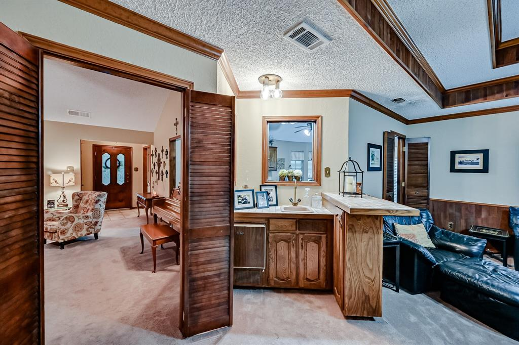 1209 Clubhouse  Drive, Mansfield, Texas 76063 - acquisto real estate best flower mound realtor jody daley lake highalands agent of the year