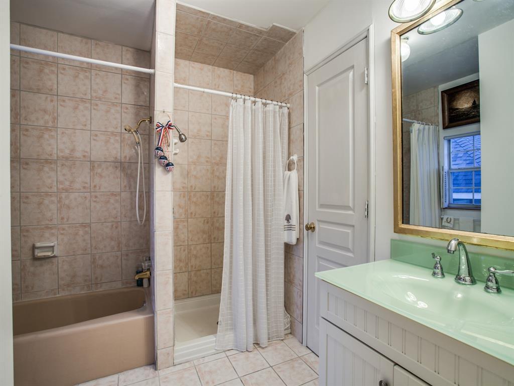 2309 Auburn  Avenue, Dallas, Texas 75214 - acquisto real estate best negotiating realtor linda miller declutter realtor