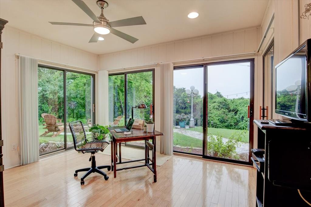 4315 Fairway  Drive, Granbury, Texas 76049 - acquisto real estate best real estate company in frisco texas real estate showings