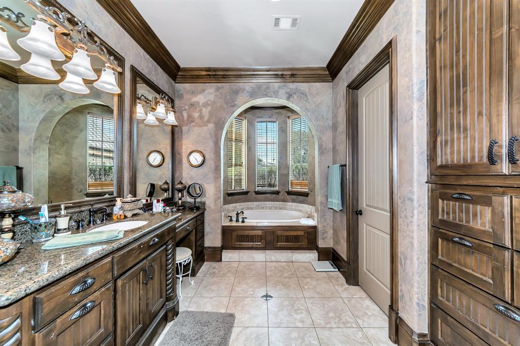 1056 Bluff Creek  Drive, Possum Kingdom Lake, Texas 76475 - acquisto real estate best designer and realtor hannah ewing kind realtor