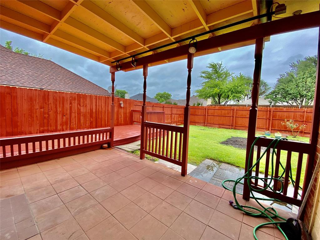 1139 Holly  Drive, Carrollton, Texas 75010 - acquisto real estate best frisco real estate broker in texas for high net worth buyers