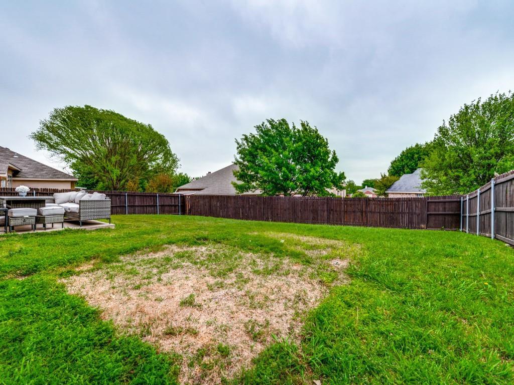 2104 Boulder Ridge  Trail, Mansfield, Texas 76063 - acquisto real estate best realtor foreclosure real estate mike shepeherd walnut grove realtor