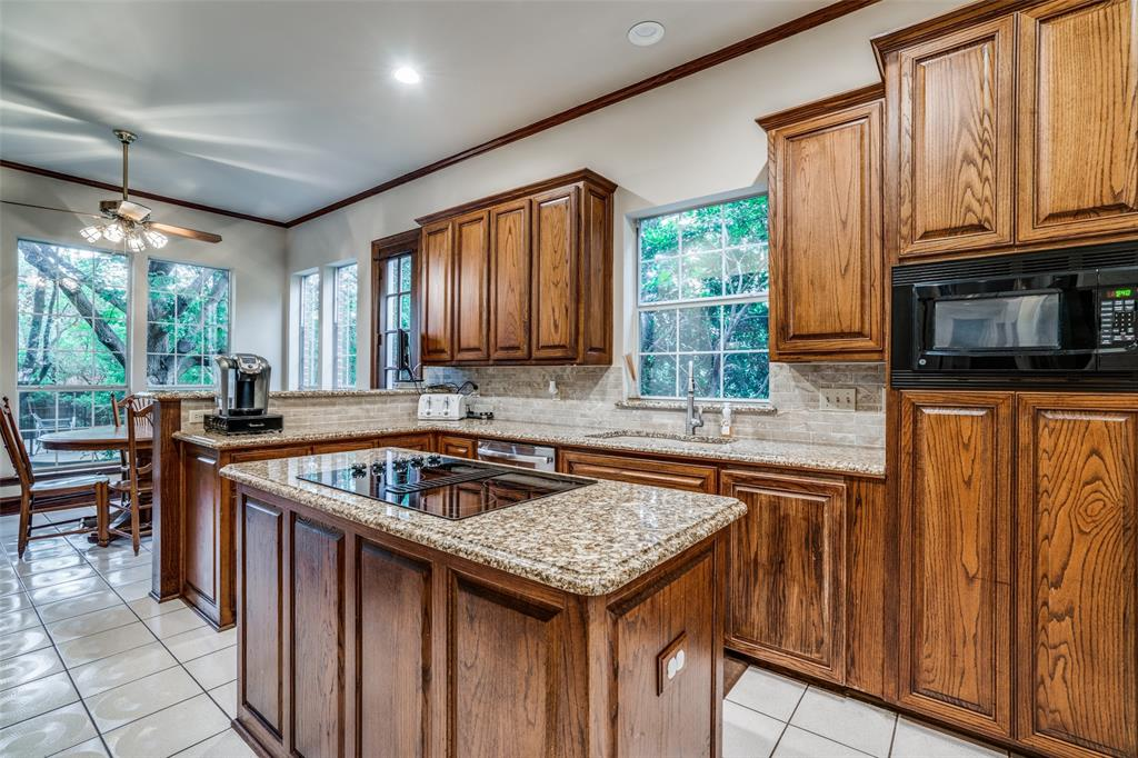 2209 Creekside  Circle, Irving, Texas 75063 - acquisto real estate best listing listing agent in texas shana acquisto rich person realtor