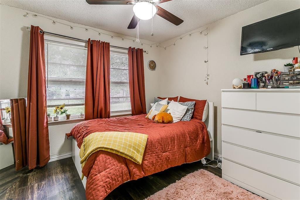 2214 Ridgeway  Street, Arlington, Texas 76010 - acquisto real estate best investor home specialist mike shepherd relocation expert