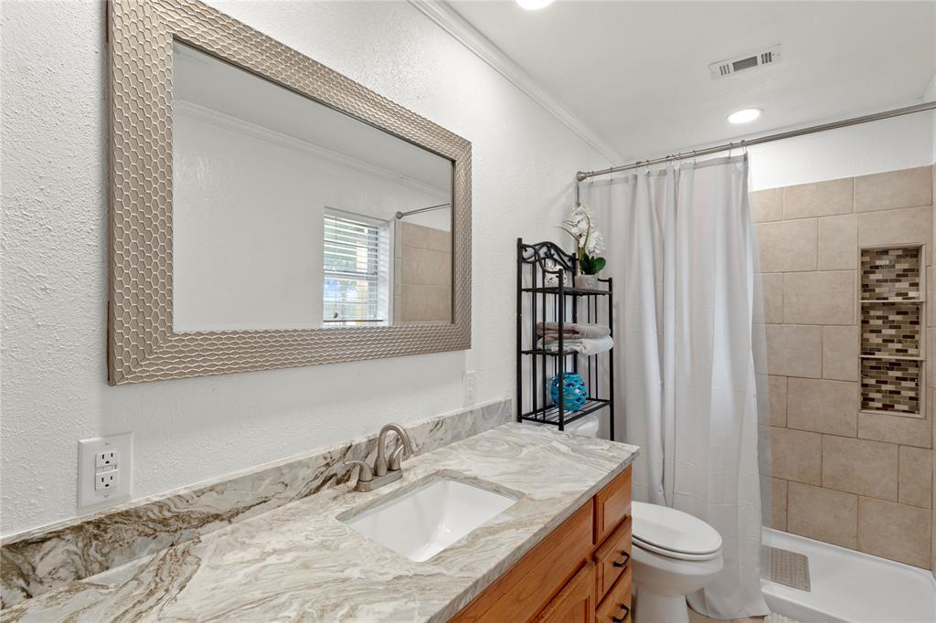 104 Lilac  Lane, Gun Barrel City, Texas 75156 - acquisto real estate best listing listing agent in texas shana acquisto rich person realtor