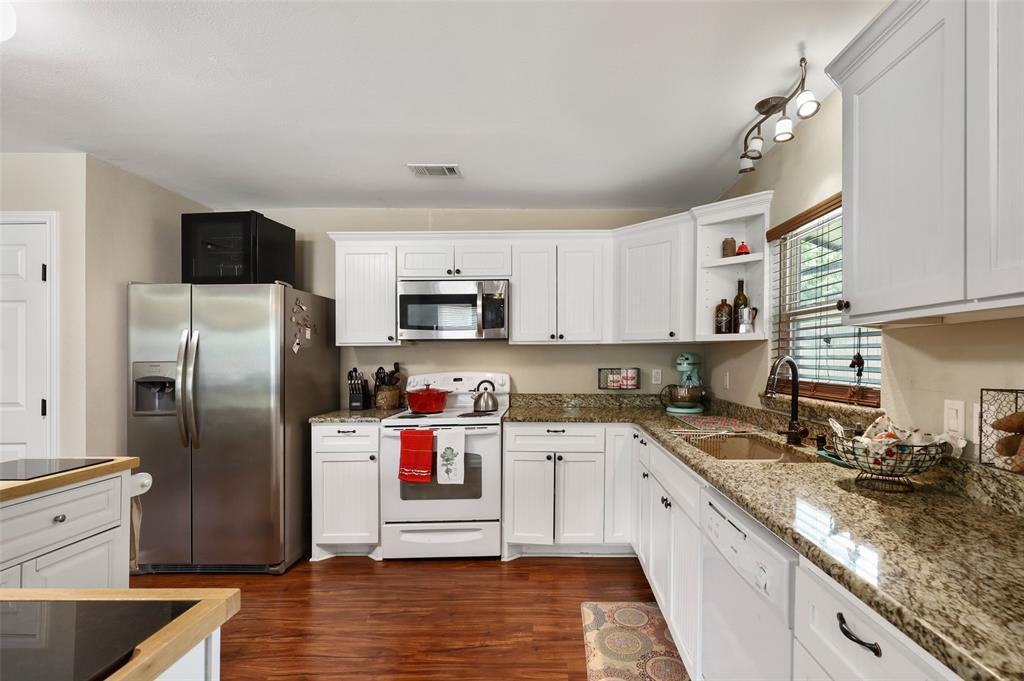 6024 Maple  Lane, Rowlett, Texas 75089 - acquisto real estate best celina realtor logan lawrence best dressed realtor
