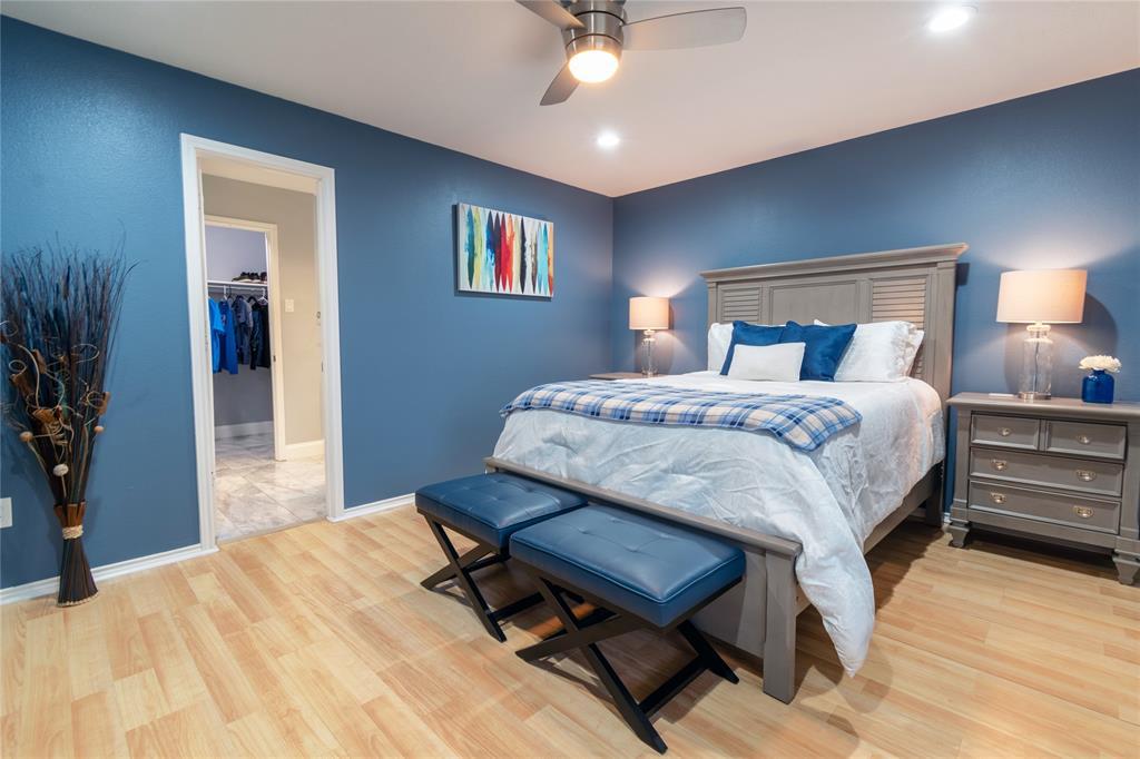 520 Majestic Park  Lane, Cedar Hill, Texas 75104 - acquisto real estate best listing listing agent in texas shana acquisto rich person realtor