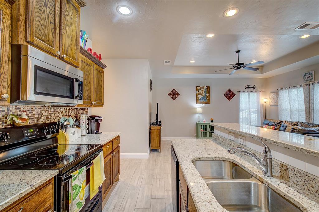 4904 Church  Street, Greenville, Texas 75401 - acquisto real estate best prosper realtor susan cancemi windfarms realtor