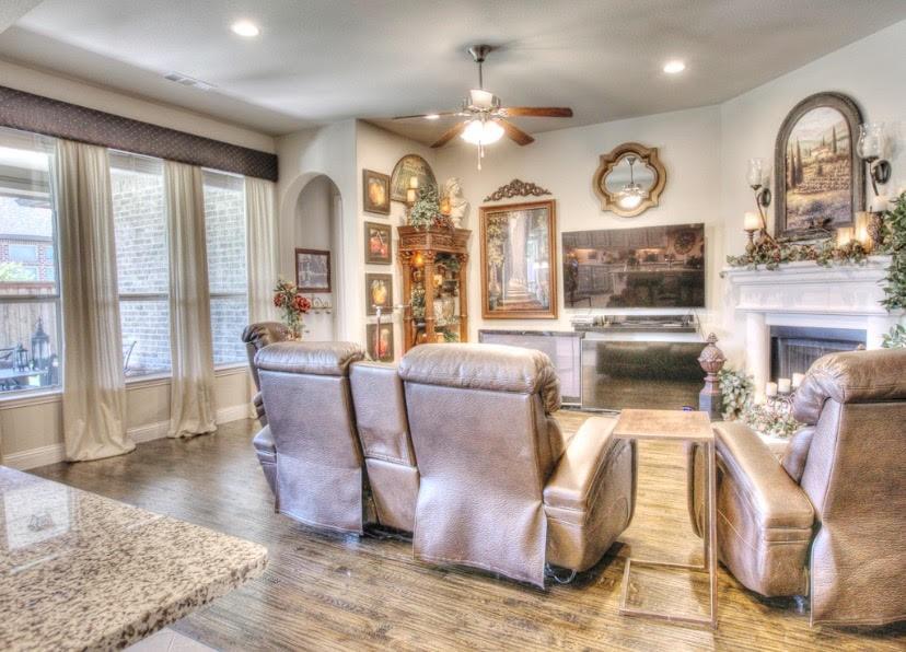 8117 Haltered Horse  Lane, Frisco, Texas 75036 - acquisto real estate best new home sales realtor linda miller executor real estate