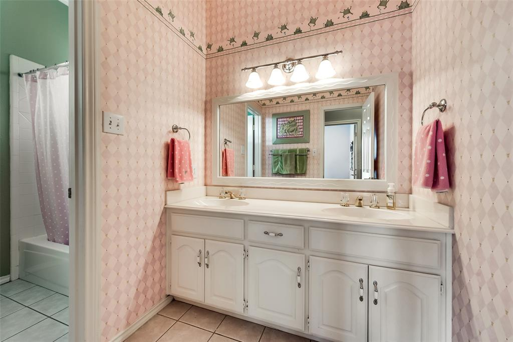 3613 Stonington  Drive, Plano, Texas 75093 - acquisto real estate best realtor foreclosure real estate mike shepeherd walnut grove realtor