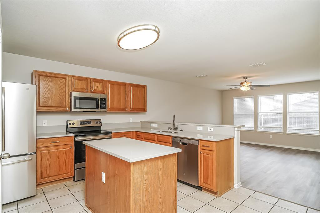 2232 Southway  Denton, Texas 76207 - acquisto real estate best celina realtor logan lawrence best dressed realtor