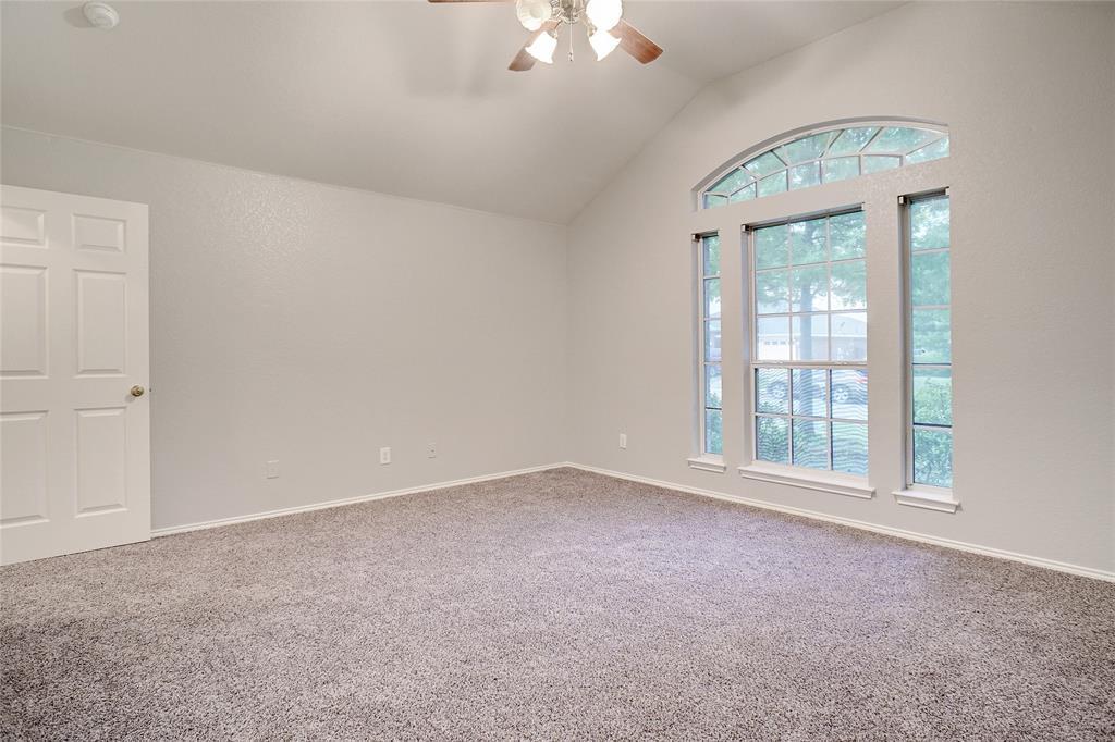 1015 Vinewood  Avenue, Burleson, Texas 76028 - acquisto real estate best listing agent in the nation shana acquisto estate realtor
