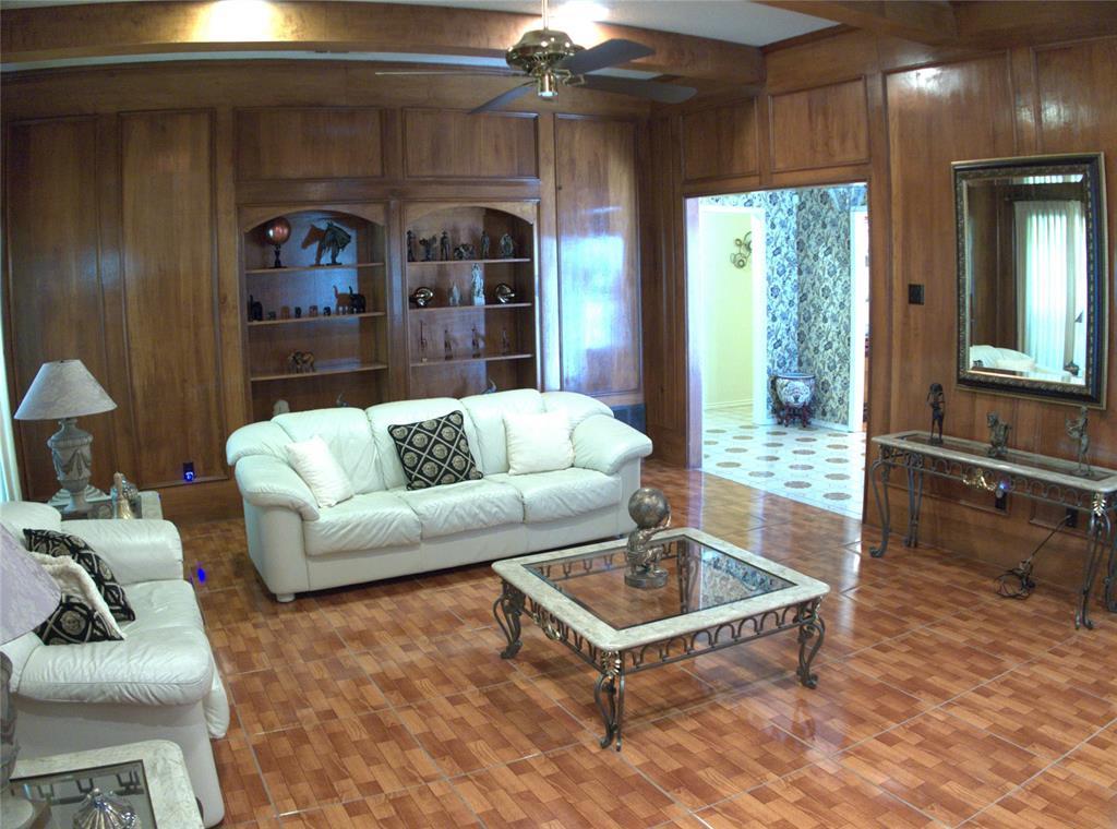9926 Chimney Hill  Lane, Dallas, Texas 75243 - acquisto real estate best new home sales realtor linda miller executor real estate