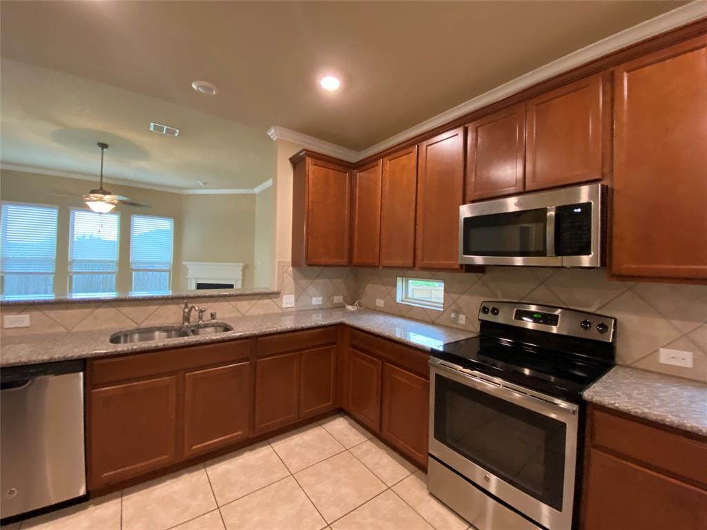 4113 Meramac  Drive, McKinney, Texas 75071 - acquisto real estate best prosper realtor susan cancemi windfarms realtor