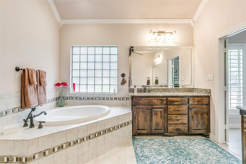 113 Oak Bend  Trail, Lipan, Texas 76462 - acquisto real estate best frisco real estate broker in texas for high net worth buyers