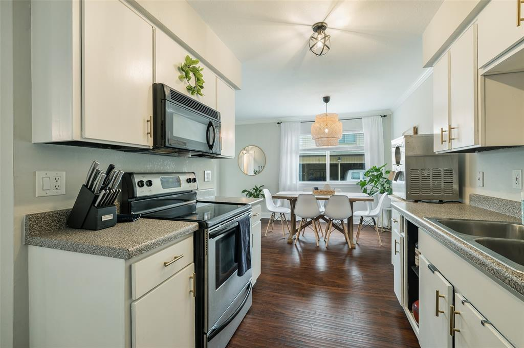 2602 Custer  Parkway, Richardson, Texas 75080 - acquisto real estate best real estate company to work for