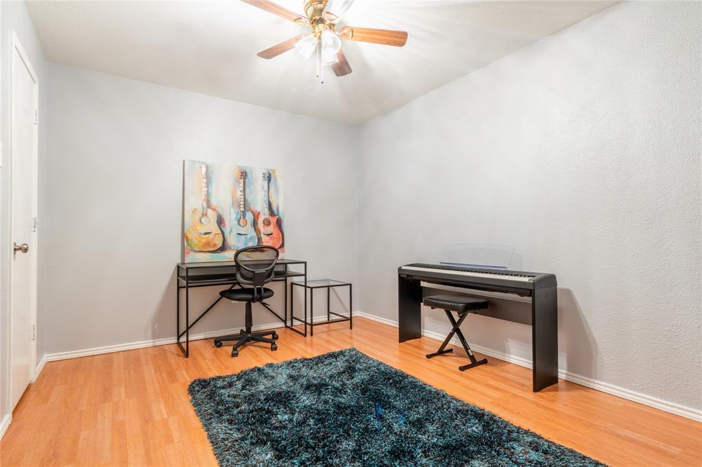 520 Majestic Park  Lane, Cedar Hill, Texas 75104 - acquisto real estate best style realtor kim miller best real estate reviews dfw