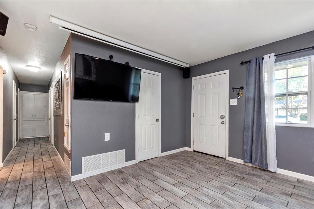 5701 Hanson  Drive, Watauga, Texas 76148 - acquisto real estate best prosper realtor susan cancemi windfarms realtor