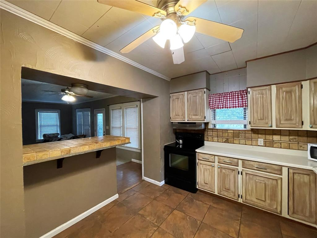 608 21st  Street, Cisco, Texas 76437 - acquisto real estate best highland park realtor amy gasperini fast real estate service