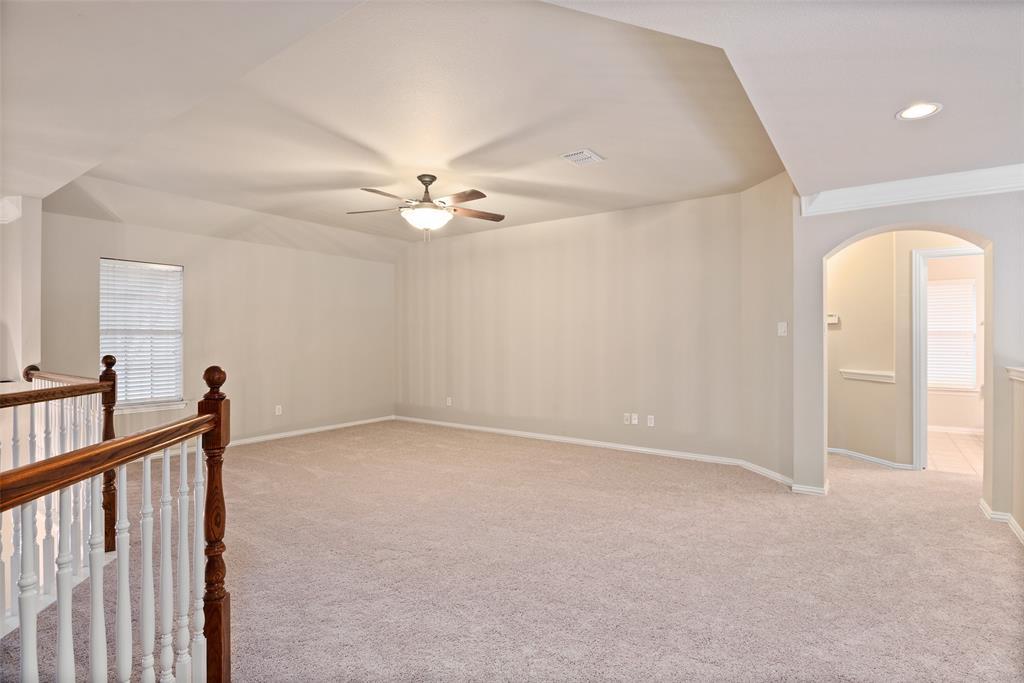 3909 Miramar  Drive, Denton, Texas 76210 - acquisto real estate best realtor foreclosure real estate mike shepeherd walnut grove realtor