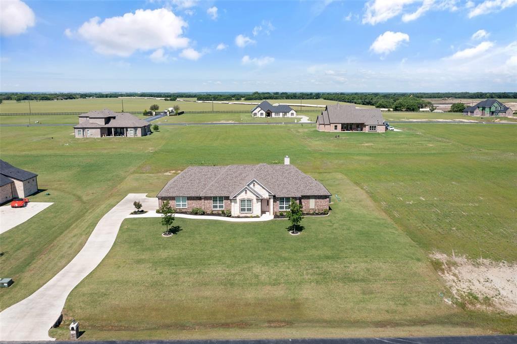 7061 Whispering Oaks  McKinney, Texas 75071 - acquisto real estate best park cities realtor kim miller best staging agent