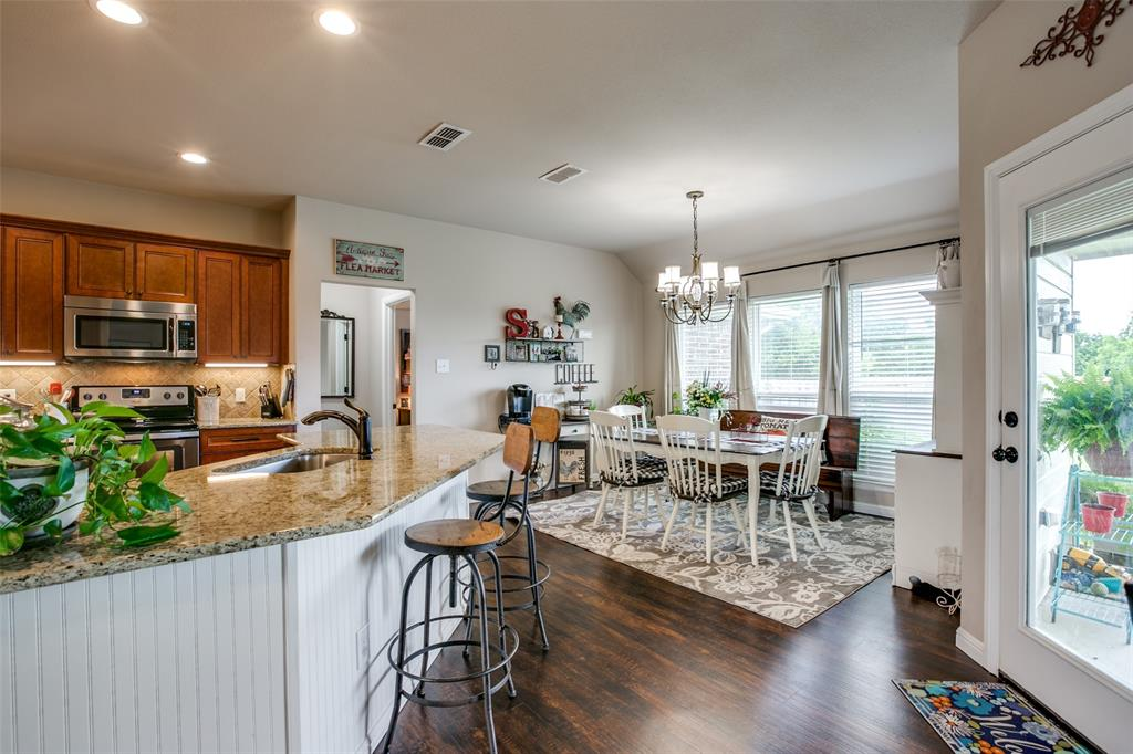 201 Palmer View  Drive, Palmer, Texas 75152 - acquisto real estate best real estate company to work for