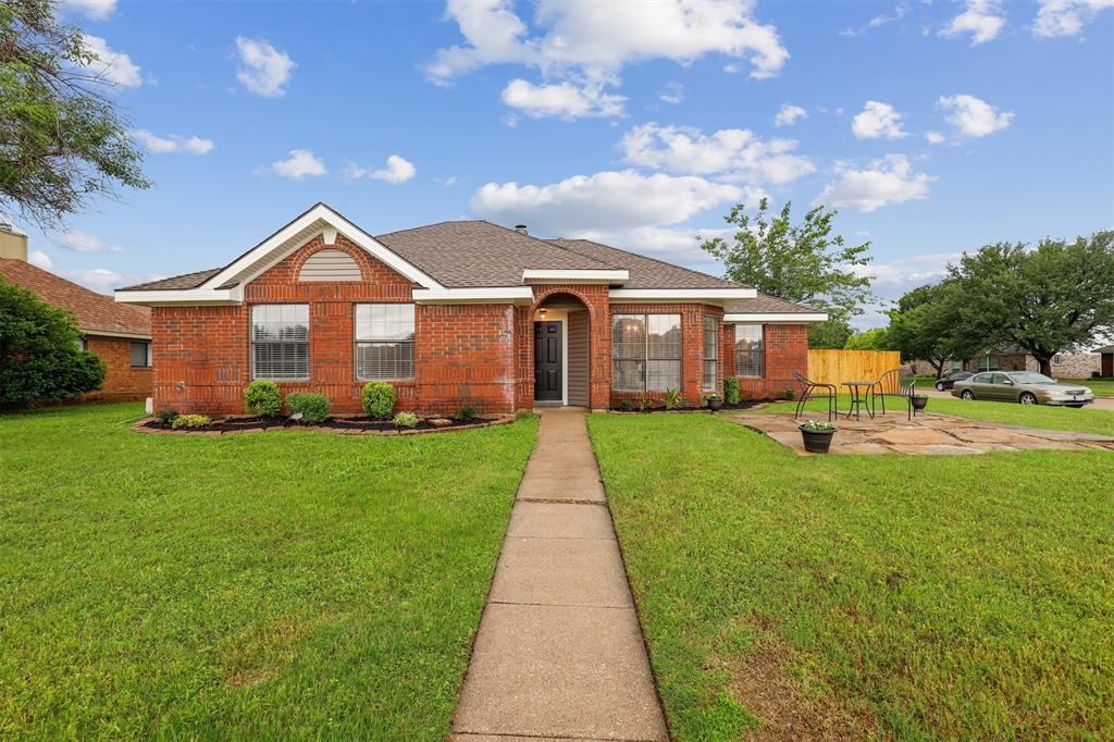 400 Azalea  Drive, Allen, Texas 75002 - Acquisto Real Estate best plano realtor mike Shepherd home owners association expert