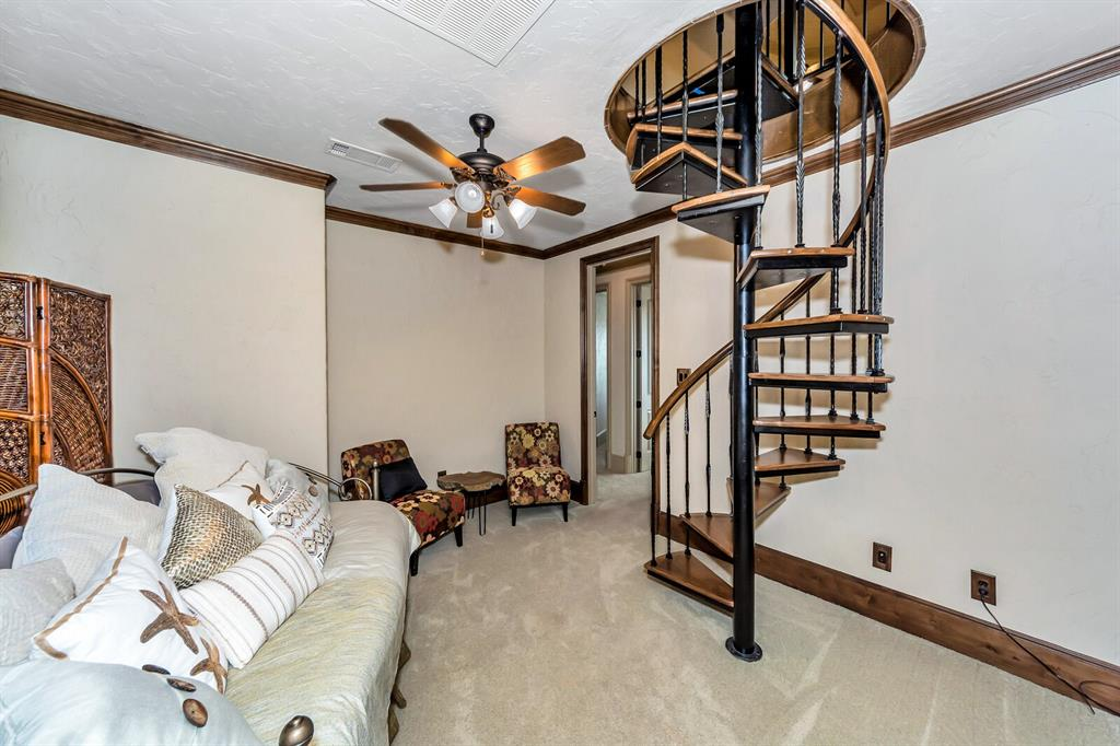 1056 Bluff Creek  Drive, Possum Kingdom Lake, Texas 76475 - acquisto real estate best photos for luxury listings amy gasperini quick sale real estate