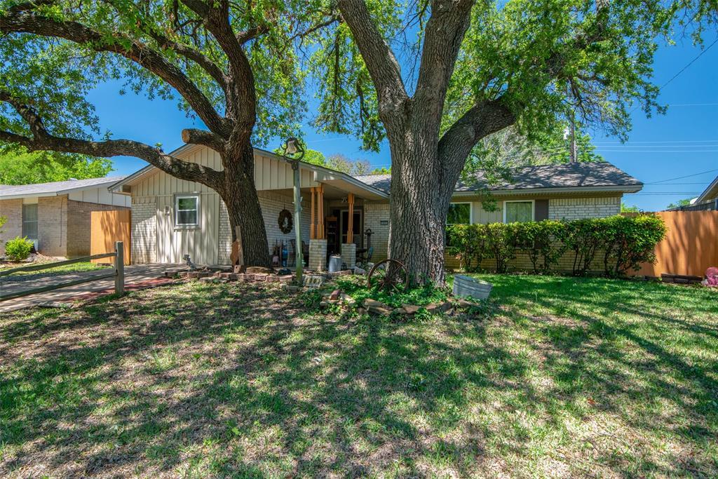1001 Martin  Lane, Sherman, Texas 75090 - Acquisto Real Estate best mckinney realtor hannah ewing stonebridge ranch expert