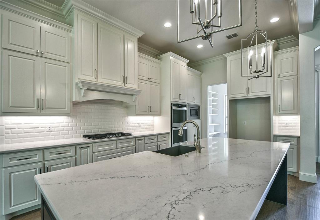 8021 Landings  Road, Granbury, Texas 76049 - acquisto real estate best luxury buyers agent in texas shana acquisto inheritance realtor