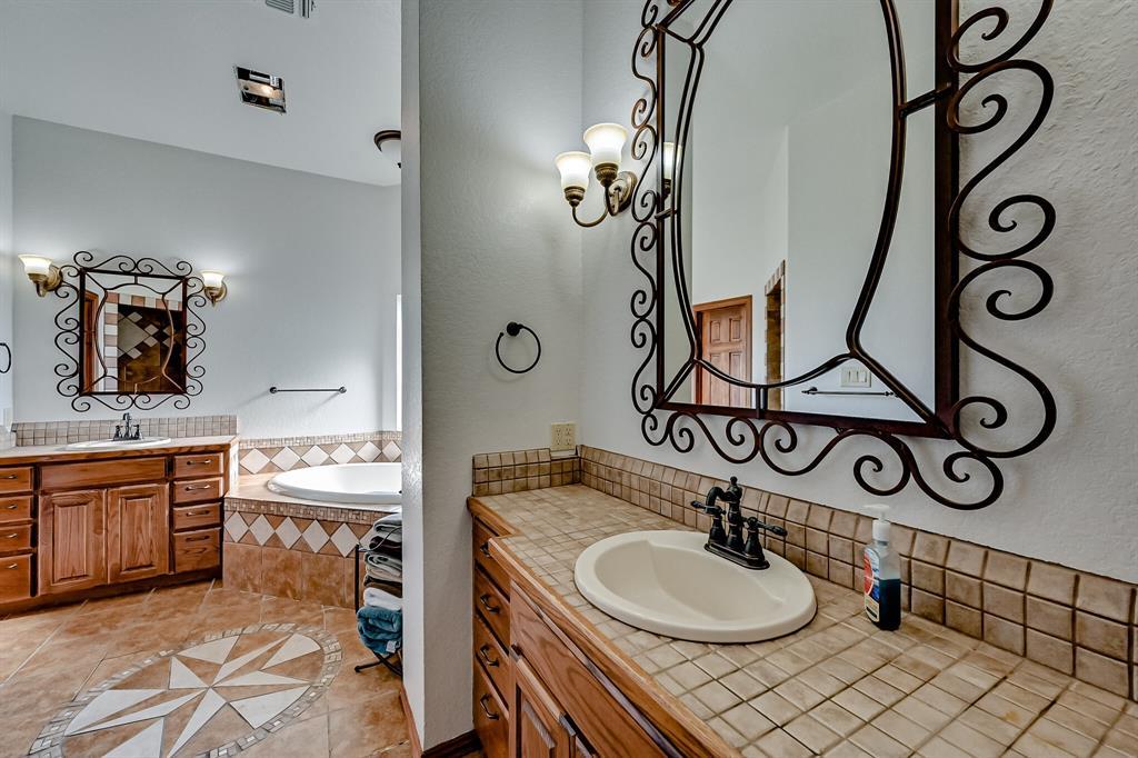 7431 Drury Cross  Road, Burleson, Texas 76028 - acquisto real estate best listing agent in the nation shana acquisto estate realtor