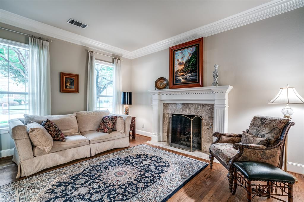 2209 Creekside  Circle, Irving, Texas 75063 - acquisto real estate best real estate company in frisco texas real estate showings
