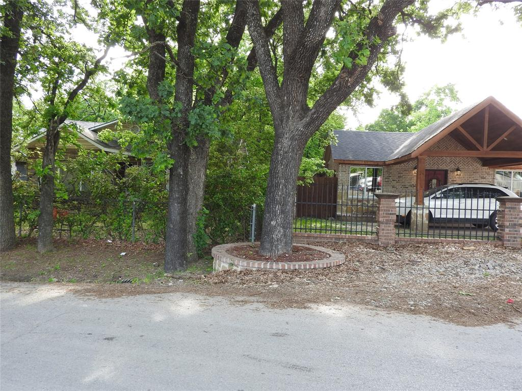 2521 Crystal  Drive, Balch Springs, Texas 75180 - acquisto real estate nicest realtor in america shana acquisto