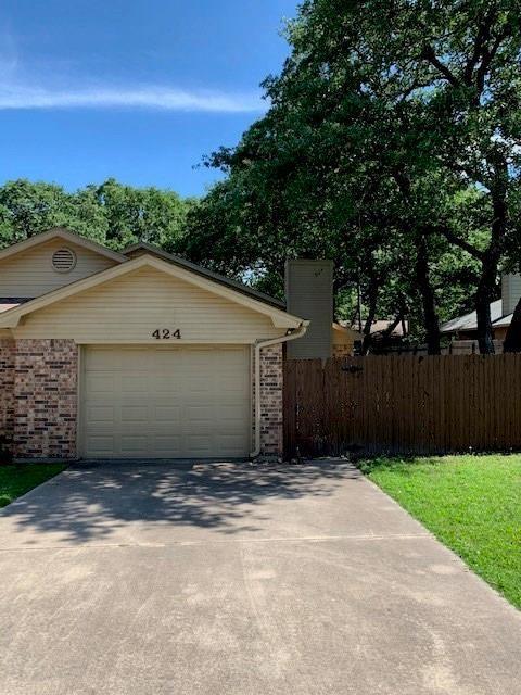 424 Lochridge  Drive, Azle, Texas 76020 - Acquisto Real Estate best plano realtor mike Shepherd home owners association expert
