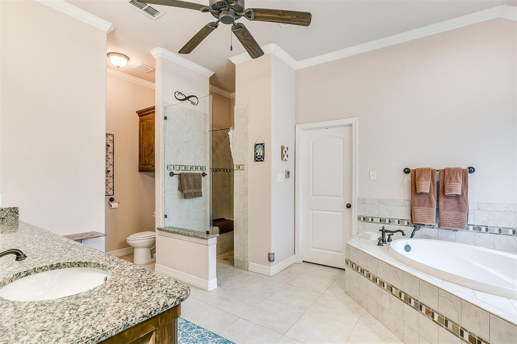 113 Oak Bend  Trail, Lipan, Texas 76462 - acquisto real estate best photos for luxury listings amy gasperini quick sale real estate