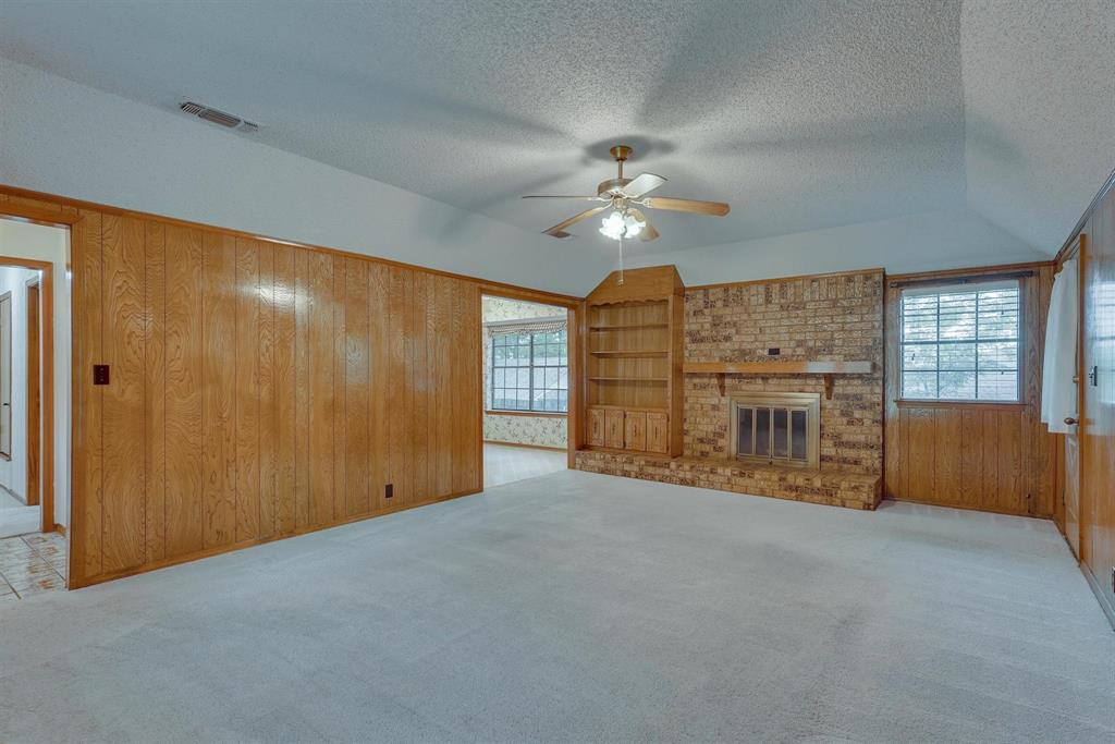 2919 Spring Oaks  Court, Bedford, Texas 76021 - acquisto real estate best highland park realtor amy gasperini fast real estate service